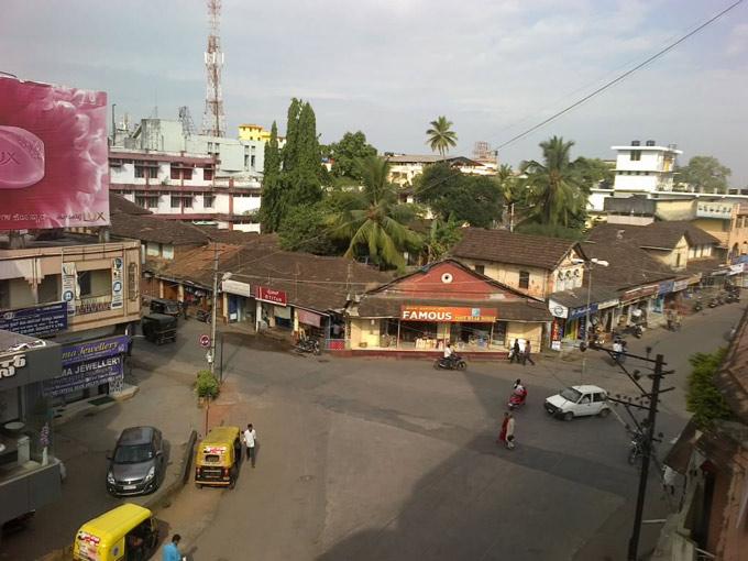 Вид с веранды Бхавани отеля